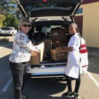 food-pantry-delivery-volunteer