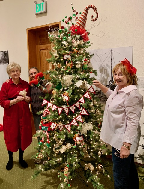 ALBl decorated tree for annual Deck the Old City Hall