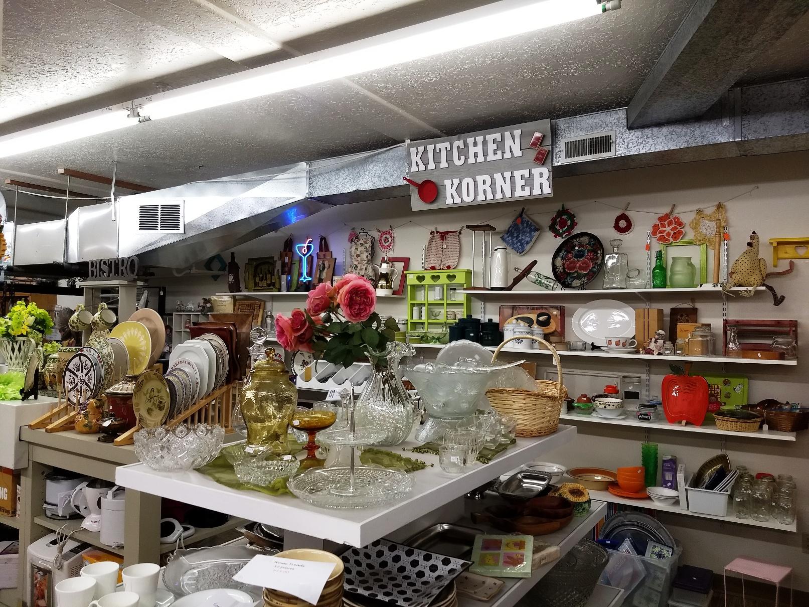 Kitchen Korner in Thrift Shop
