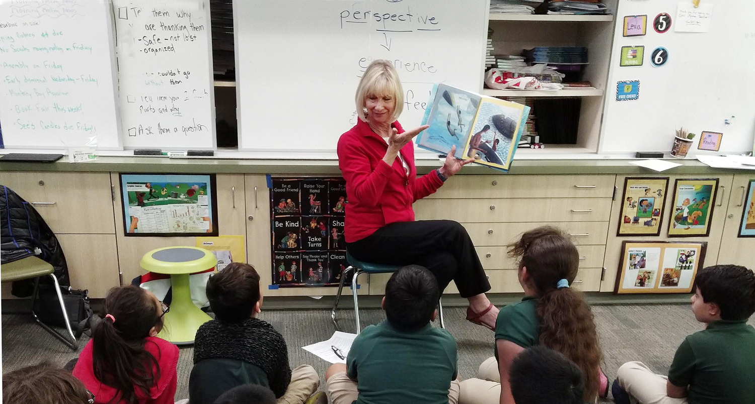 Readers Are Leaders - reading to students