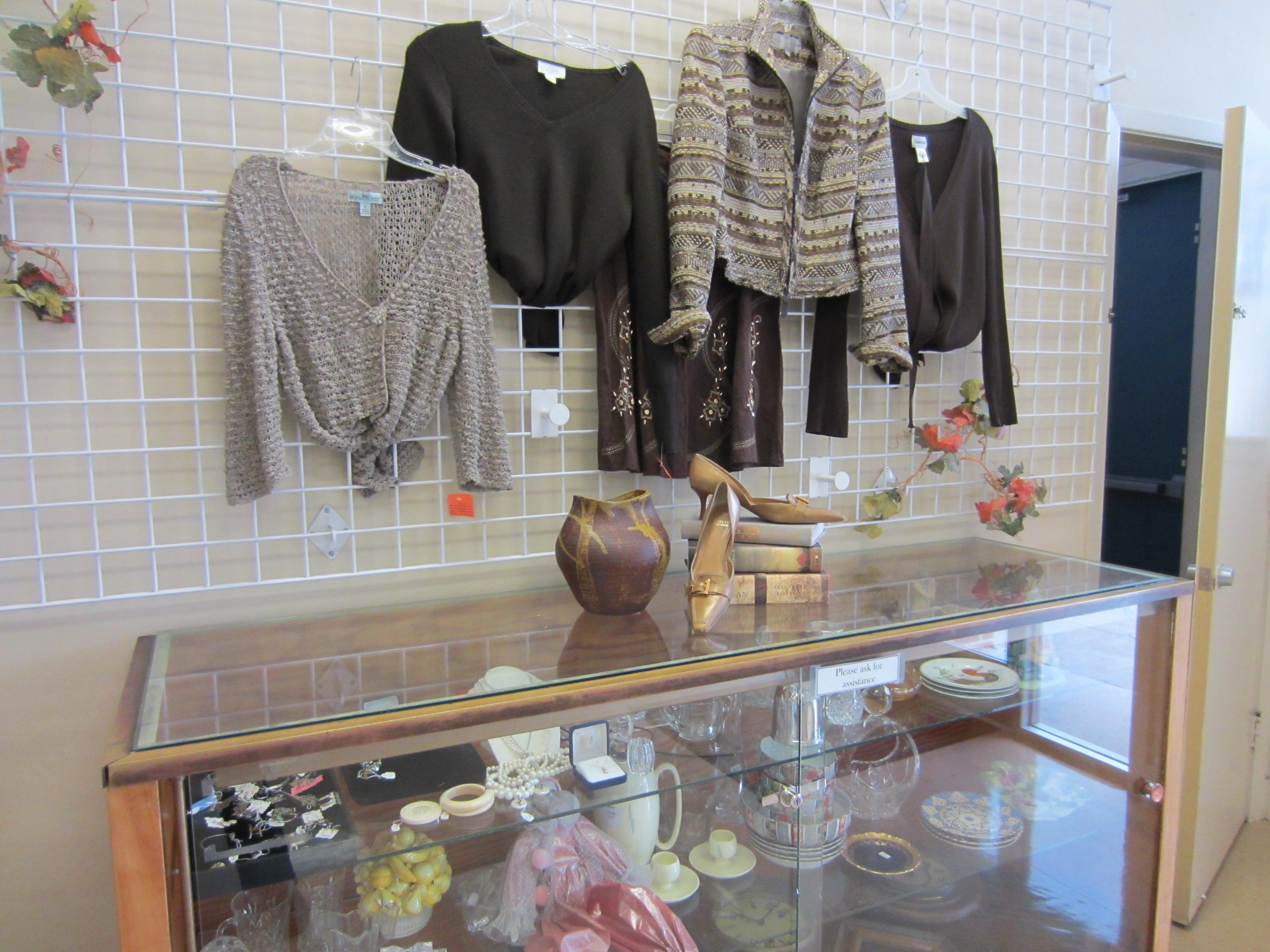 Womenu0027s Weekly Fashion Display