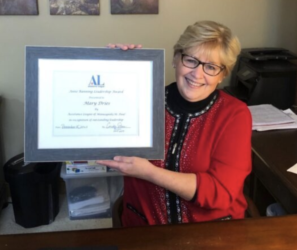Minneapolis/St. Paul - Mary Dries Receives National Assistance League Anne Banning Leadership Award